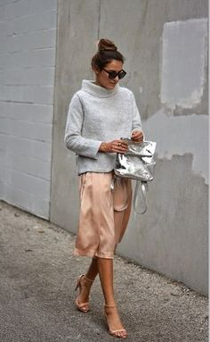 How To Dress Like A Parisian: A guide to effortless chic Grey knit turtleneck, silk blush skirt, nude strappy heels, and silver backpack style handbag Looks Street Style, Looks Style, Style Me, Chic Street Styles, Street Chic, Preppy Style, Look Fashion, Street Fashion, Winter Fashion
