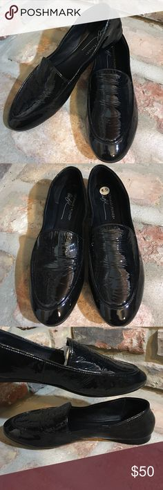 Donald J Pliner Black Patent Leather Loafer Flats Very nice dressy casual black Flats! Wear with anything. Leather upper and sole. Worn in store as try-on only a few times. Shoes only minor wear to sole from trying on. No scratches or issues at all to body of shoe. Donald J. Pliner Shoes Flats & Loafers