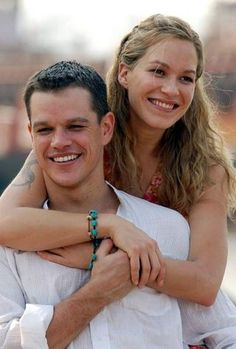 Matt Damon & Franka Potente in The Bourne Supremacy by Paul Greengrass. Movies Showing, Movies And Tv Shows, Matt Damon Jason Bourne, Franka Potente, Bourne Movies, Bourne Supremacy, The Bourne Identity, Julia Stiles, Famous Couples