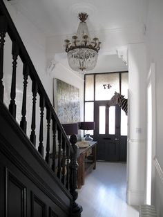 Create a great impression to your hallway by illuminating and decorating this space. Stylish hallway lighting ideas will give a welcoming circumference from the start. Hallway Paint, Grey Hallway, Modern Hallway, Wainscoting Hallway, Hallway Flooring, Painted Stairs, Painted Floors, Painted Floorboards, Led Hallway Lighting