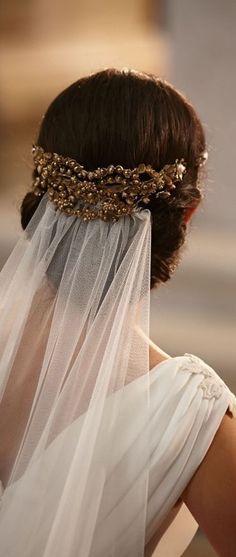 different ways to attach a veil