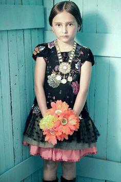 Érase una vez México | bbmundo / septiembre, 2012 / Foto: Olga Laris / Coordinación de moda: Victoria Papuchi / Maquillaje y peinado: Karina Preciado