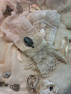 cream and ivory Victorian inspired lace and cameo arm cuffs