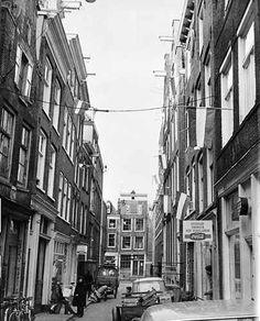 1960's. Jordaan. Photo Cor Jaring.