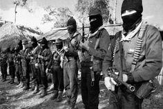 """El 1 de enero de 1994, indígenas tzotziles, tzetzales y tojolabales de esa entidad lanzaron el grito de """"¡Basta!"""" desde la Selva Lacandona. - Foto por ABC.es (España)"""