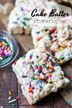 Cake batter rice krispies treats are a yummy, no-bake cereal treat recipe! This easy dessert can be funfetti, red velvet, or any other cake flavor! #ihearteating #nobake #dessert #ricekrispies #bars #cereal