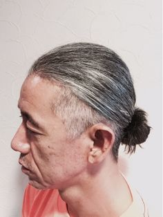 オムヘアーツー (HOMME HAIR 2)メンズロングツーブロアレンジ【水道橋HOMME HAIR 2nd】