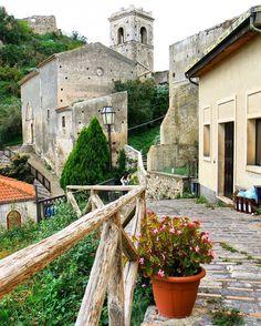 #Savoca Uno tra i borghi piu' belli di Sicilia ph Bianca Ferraro http://www.visitsicily.info/savoca/