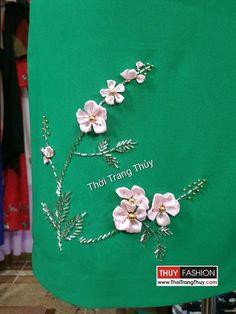 Váy suông đính hoa ruy băng lụa và hạt đá V376 Thời Trang Thủy