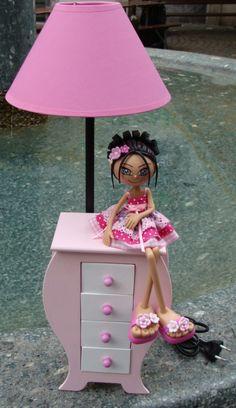 Commode Bijoux+Lampe http://artdecreer2012.wix.com/astride