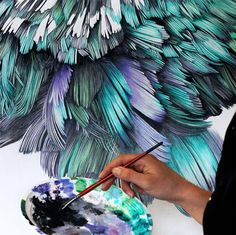 Adele Renault Paints Incredibly Realistic Pigeon Portraits Adele Renault is an artist focused on painting stunning realistic portraits of pigeons and humans on giant murals and small canvases. Adele, Realistic Paintings, Oil Paintings, Wildlife Paintings, Chicago Artists, Colossal Art, Feather Art, Photorealism, 3d Max