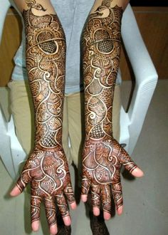 Contact Neeraj Mehendi Mehendi Artist for your wedding - Bangalore's best mehndi artist | #mehndiartist #bridalmehndi #hennadesign #mehndiartistinbangalore #bestmehndiartist #hennalove #hennaartists | weddingz.in | India's Largest Wedding Company | Wedding Venues, Vendors and Inspiration |