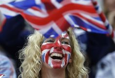 Look how fans are celebrating their national pride at the 2012 London Olympics. From Rags To Riches, How To Apologize, Best Fan, Olympians, Halloween Face Makeup, Entertaining, Collages, Basketball, English