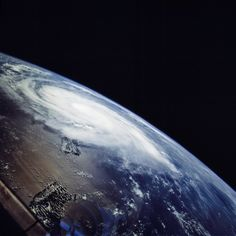 Weather Underground provides information about tropical storms and hurricanes for locations worldwide. Use hurricane tracking maps, forecasts, computer models and satellite imagery to track storms. Mother Earth, Mother Nature, Another Green World, Weather Underground, Earth From Space, End Of The World, Planet Earth, Sacred Geometry, Retro