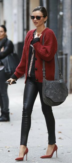 Miranda Kerr : Étoile Isabel Marant knit cardigan, Helmut Lang leather pants & Manolo Blahnik BB pointy heels