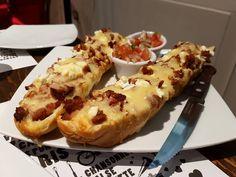 #foodporn #foodlove baguette de queso de cabra con tocineta