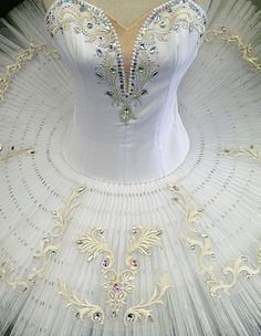 Classical Ballet tutu  Beautiful  . . . #balletrocksfashion balletrocks.net