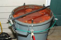 Rust soup... Mmm... Beautiful electrolysis setup, well thought out.