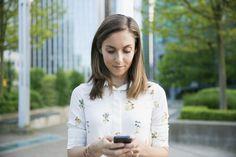 Perché dovresti smettere subito di controllare le email dopo il lavoro, secondo la scienza -cosmopolitan.it