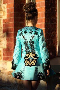 Celtic Dance, Irish Dance, Dress Backs, Dance Dresses, Dance Costumes,  Dancer, Kiss, Dance Costume Companies, Kiss Me 906cb1a030f7