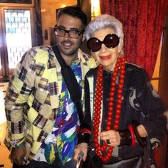"""Iris Apfel proves you can be a fashion DIVA at any age!and about her iconic Iris Apfel glasses, she says, """"All the better to see you with. Ari Seth Cohen, Good To See You, Advanced Style, Aging Gracefully, Diva Fashion, Classy Women, Old Women, Style Icons, The Incredibles"""