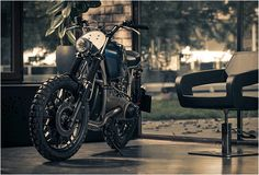 "er-motorcycles-2.jpg | Image Bmw R60/7 | By Er Motorcycles Remember the amazing BMW R80 custom named ""Mobster"" we featured recently? Now ER Motorcycles have rolled out this spectacular BMW R60/7 conversion, simply sublime. Not much information on the bike available, we´ll just leave you with some photos to drool over. Seems like these guys can´t get it wrong, we shall wait anxiously for their next build."