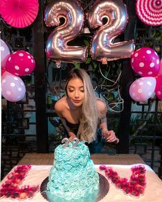Birthday Goals, Gold Birthday Party, 22nd Birthday, Birthday Balloons, Diy Birthday, Birthday Celebration, Birthday Party Themes, Birthday Ideas, 21st Bday Ideas