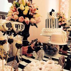 Amamos os detalhes.... GLAM!!!! Foi a palavra da festa. #salvadormeuamoroficial #giulia6anos #barbieparty #barbieemparis #festaparis#festamenina #party #decor @queridadata @srafesta @loucaporfestas