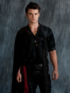 So hot Shiloh Fernandez Red Riding Hood Shiloh Fernandez, Beautiful Boys, Gorgeous Men, Beautiful People, Hello Gorgeous, Pretty People, Billy Burke, Red Ridding Hood, Chef D Oeuvre