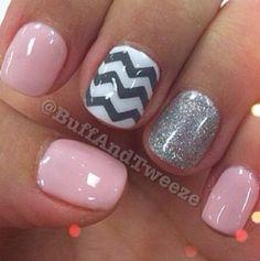 Chevron pinky nails.