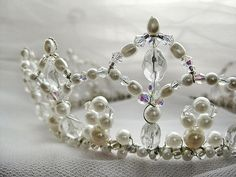 should I wear a tiara or crown at my wedding? Fascinator, Headpiece, Headdress, Couronne Diy, Wire Crown, Circlet, Bridal Crown, Tiaras And Crowns, Crown Jewels