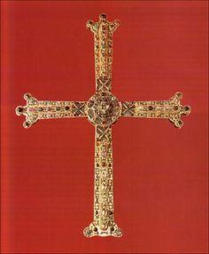 Cruz de la Victoria, siglo X. -22