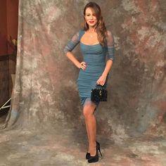 Mariana Ximenes arrasa com look Dolce & Gabbana em festa de Haja Coração