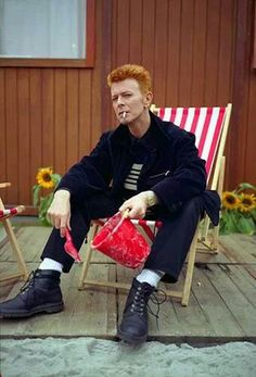 David Bowie backstage at the Roskilde Festival, Denmark, June 1996 ©Mark Allan David Bowie, Rod Stewart, Mick Jagger, David Jones, The Bowie, Ziggy Played Guitar, Bowie Starman, The Thin White Duke, Pretty Star