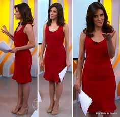 moda do programa Hora 1, vestido trumpete vermelho da Monalisa Perrone dia 17 de dezembro de 2014