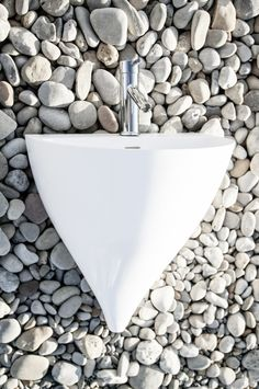 Lavabo Kaliya, design Vicent Clausell per il brand Sanycces