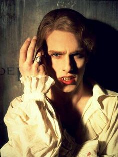 in' Vampire Ever.Period - Tom Cruise - Lestat de Lioncourt, Interview with the Vampire Tom Cruise, Lestat And Louis, Estilo Dark, Queen Of The Damned, The Vampire Chronicles, Vampire Love, Vampire Photo, Interview With The Vampire, Vampires And Werewolves