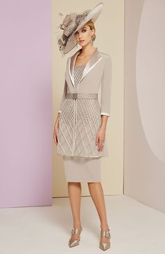 Veni Infantino for Ronald Joyce presents this elegant taupe dress and coat which would be a stunning choice for a Mother of the Bride or Groom. Mother Of Bride Outfits, Mother Of Groom Dresses, Mothers Dresses, Mother Of The Bride, Bride Dresses, Wedding Dresses, Short Fitted Dress, Taupe Dress, Floaty Dress