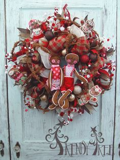 Trendy Tree tutorial, make a Gingerbread Christmas wreath using a Work Wreath, Deco Poly Mesh, Faux Burlap, Ribbons, Cotton Candy Roping and RAZ Gingerbread decorations