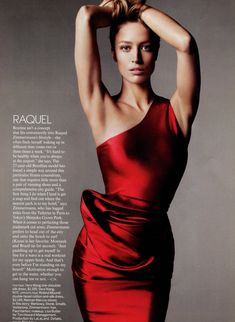 Raquel Zimmerman....nice pose!!