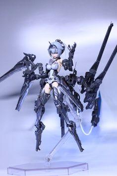 "krさんのツイート: ""「ジャンクヤードの魔物」完成しました。文字通りジャンクパーツで構成されてます。自分の好きな要素を詰めまくったので他人受けとか悪そうですが...。 ステルスグレーめっちゃいい色ですわ~。 #メガミデバイス… "" Cyberpunk Anime, Cyberpunk Girl, Arte Cyberpunk, Female Character Design, Character Art, Cool Anime Pictures, Frame Arms Girl, Female Armor, Robot Concept Art"