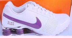 Nike shox Cheap Nike Air Max, Nike Air Max For Women, Nike Shoes Cheap, Cute Sneakers, Sneakers Nike, Dallas Cowboys Shoes, Nike Shocks, Cowboy Shoes, Nike Boots