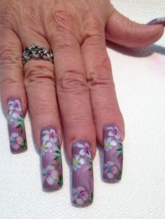 Airbrushed nails. Flowers!