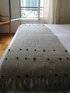 ContactoAndes ::Telar Home Tex, Weaving Projects, Loom Weaving, Textile Art, Fiber Art, Fabric Design, Mattress, Burlap, Ottoman