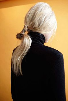 """lulufrost: """" BAUBLE OF THE DAY Tied-back tresses """""""