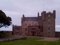Mey Castle. Scotland Castles, Beautiful Islands, British Royals, Mansions, House Styles, Home Decor, Decoration Home, Manor Houses, Room Decor