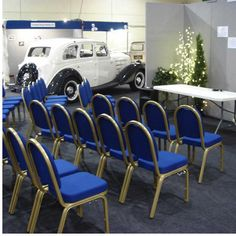 We told a very large number of top quality UK made banqueting and conference chaired for hire. These high quality blue banqueting chairs incorporate a cleaver interlocking link, if you need to lock them together for large events.