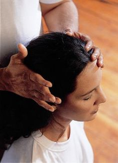 History of Indian Champissage (Head Massage)  EVERY MASSAGE THERAPIST SHOULD LEARN A VERSION OF THIS>  MY STUDENTS ALWAYS ENJOY LEARNING THIS TECHNIQUE