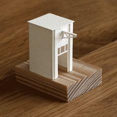 小さな世界に胸が踊る「紙の動く建築」1日1個作って、すでに365作品という衝撃:DDN JAPAN