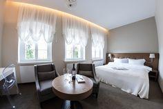 pokój hotelowy - klasycznie i glamour  www.studiotf.pl